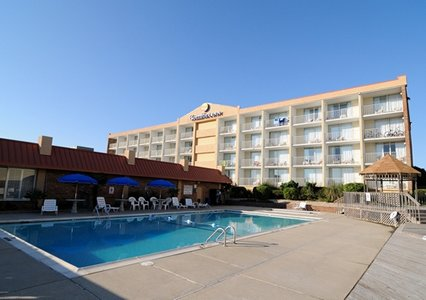 Comfort Inn North Oceanfront Hotel | Outer Banks Hotel ...